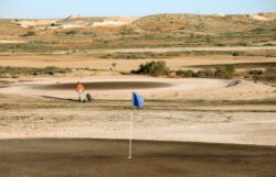 Coober Pedy Golf Club: All Class but No Grass